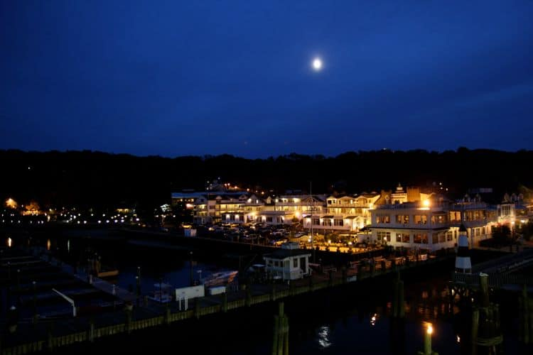 travel Port Jefferson NY
