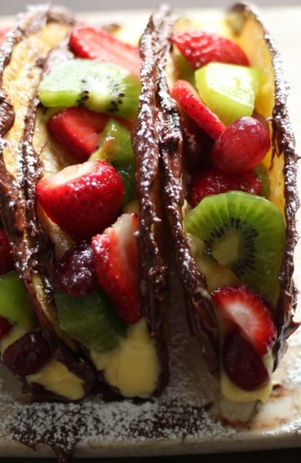 nutella fruit dessert tacos