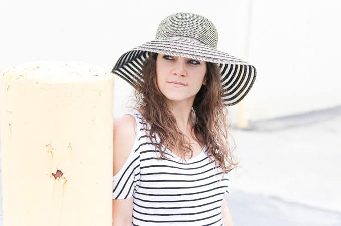 summer style: floppy hat, striped cold shoulder top, lace shorts