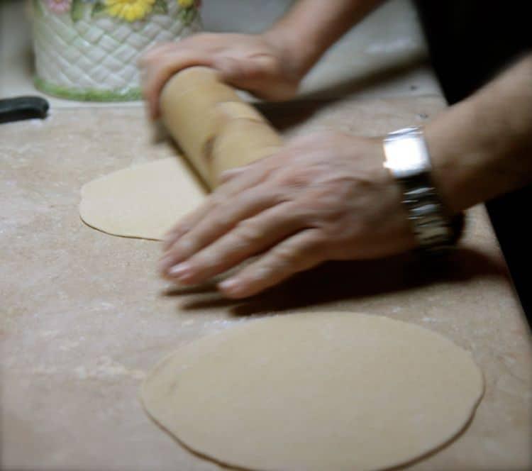 pita bread recipe and how to make pita bread
