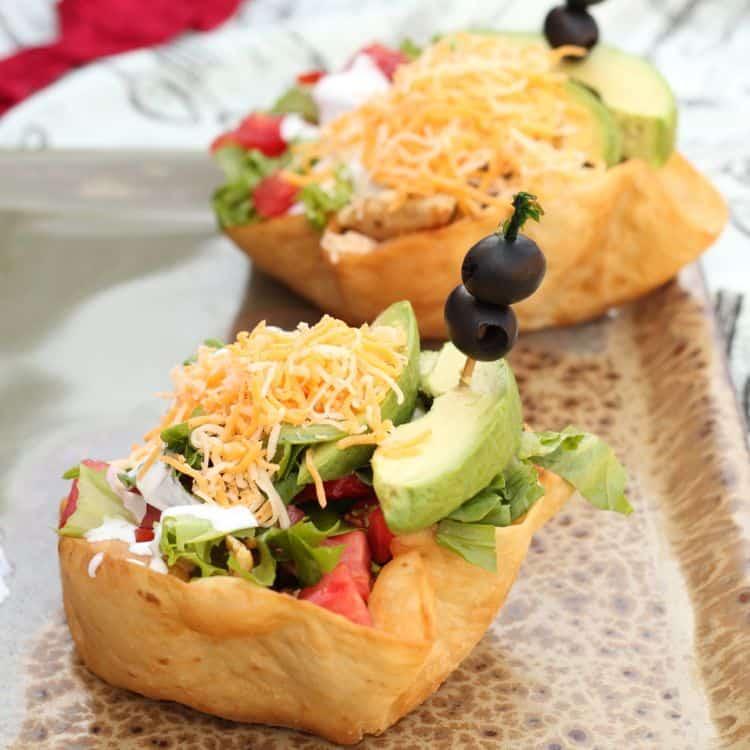 How to bake tortilla salad bowls