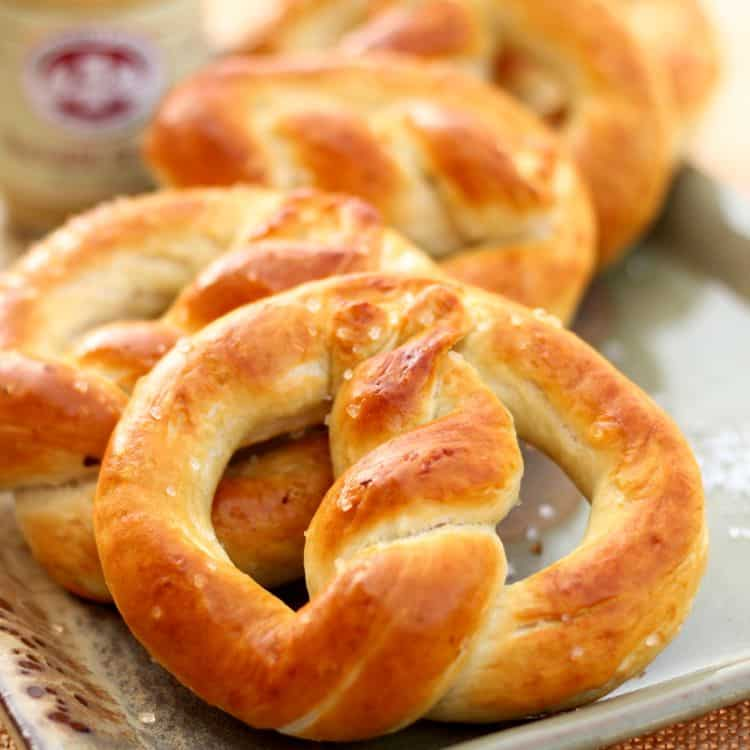 oktoberfest homemade pretzels fashionedible