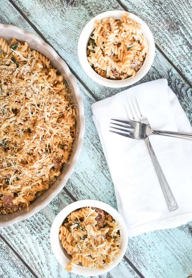 a prosciutto basil mac and cheese casserole with gouda, mascarpone and asiago - so good and ready in just a few minutes!