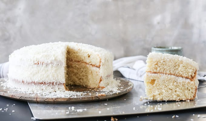 Layered Coconut Cream Vanilla Cake - FashionEdible