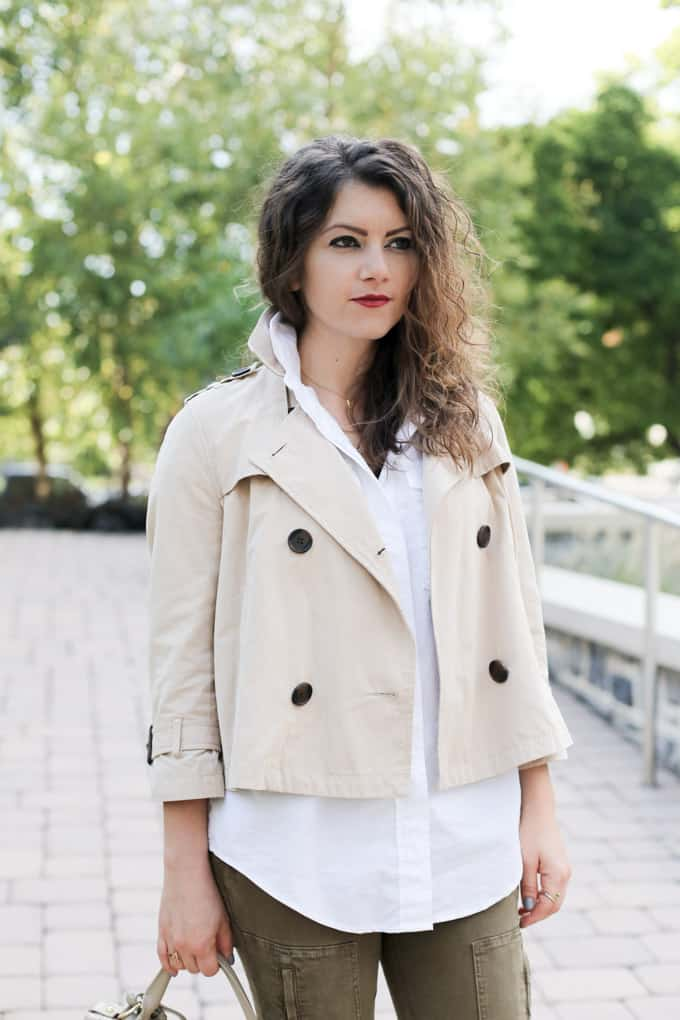 Khaki crop trench over olive cargo denim and nude accessories