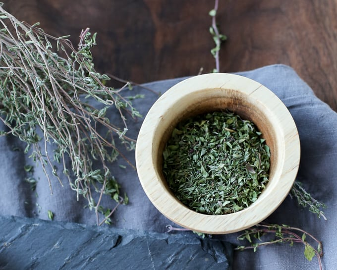 Syrian Recipe For Zatar A Middle Eastern Thyme And Olive Oil Dip
