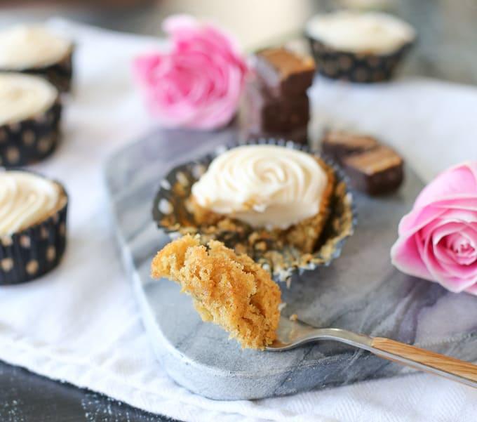 fall caramel apple cupcakes with caramel icing