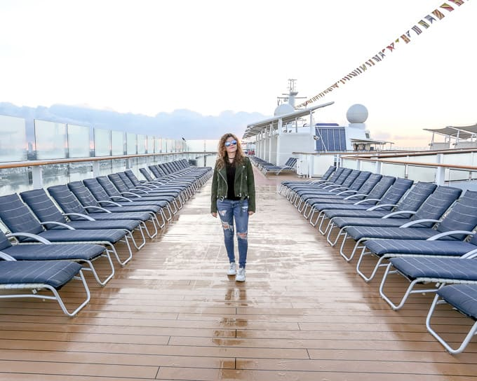 Travel Style: Ripped Denim and White Sneakers