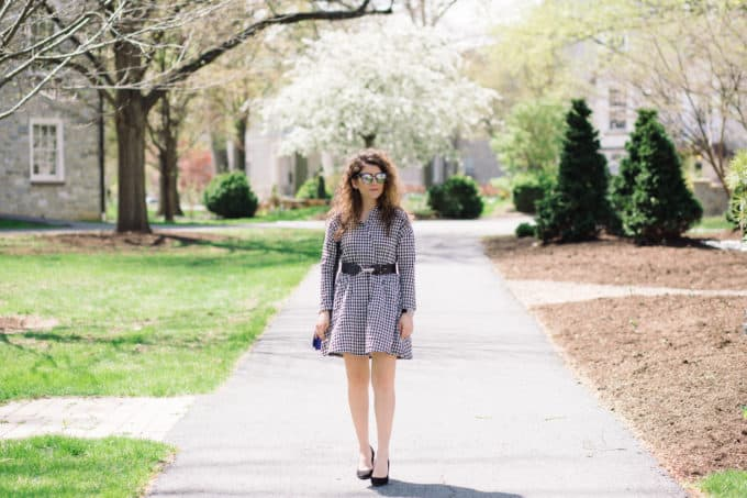 Spring Outfit: Black and White Gingham Dress with leather belt and black pumps