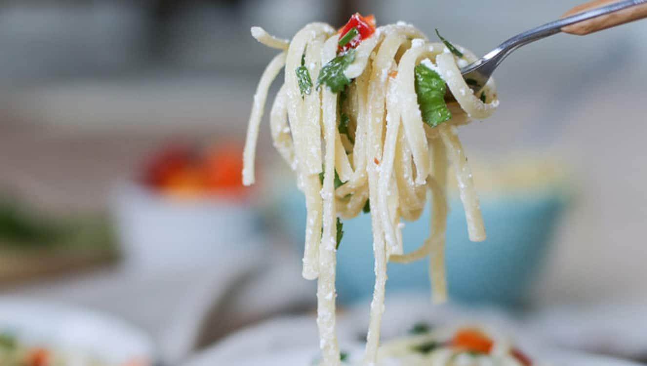 Goat Cheese Garlic Linguine w. Mini Sweet Peppers
