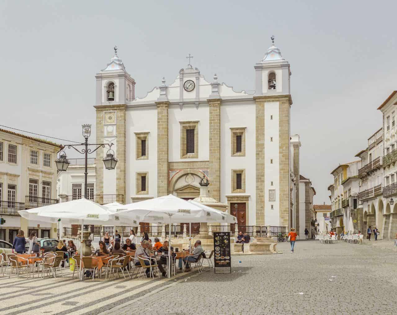 Evora Portugal Guide