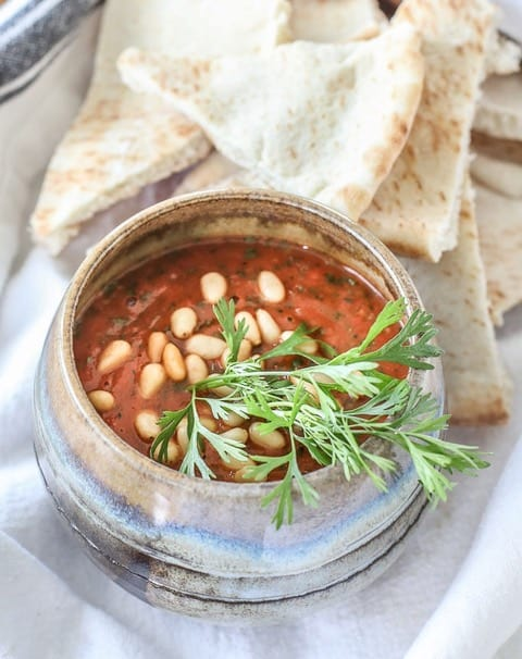 Cilantro-garlic roasted tomato dip